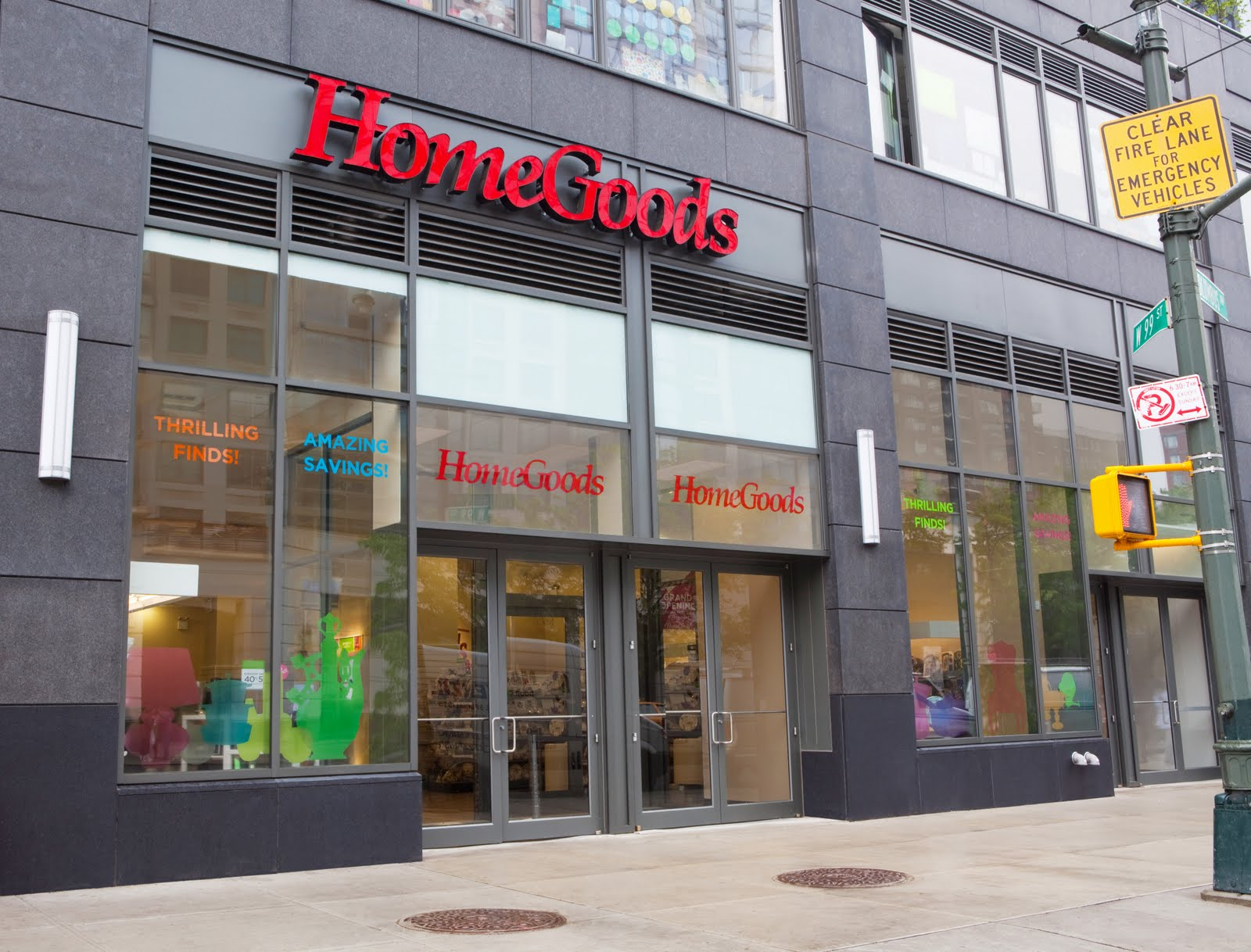 HomeGoods offers an ever-changing mix of merchandise, including: furniture, rugs, lighting, soft home, decorative accessories, tabletop, cookware, and much more. The HomeGoods shopping experience complements its sister retail banner, Homesense, with differentiated departments like .